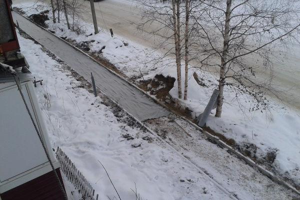 Укладка тротуарной плитки зимой