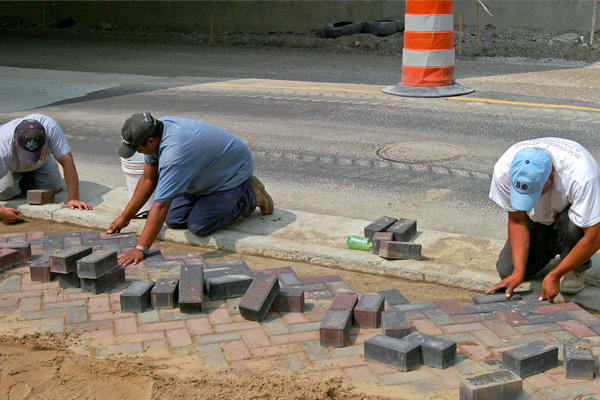 Правила укладки тротуарной плитки на песок